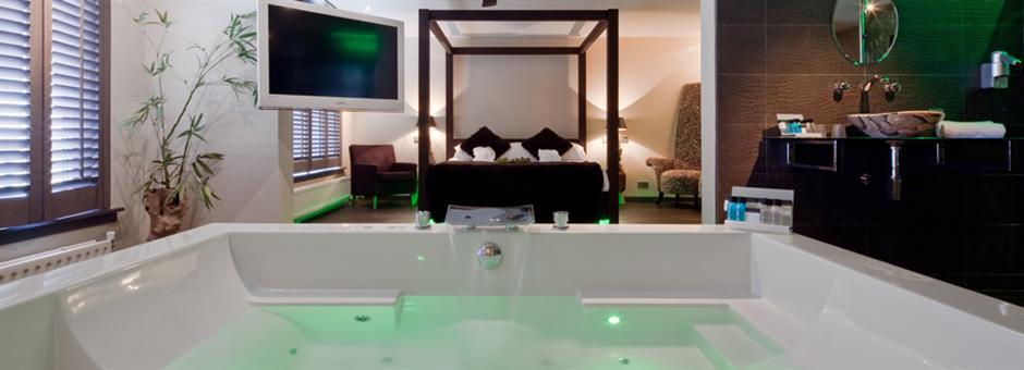 Verdwijn in de veelzijdigheid van onze Junglesuite Hotel Vianen