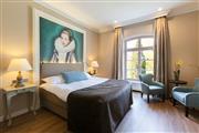 Castle room - Hotel Kasteel Bloemendal