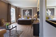 Luxurious castle room - Hotel Kasteel Bloemendal