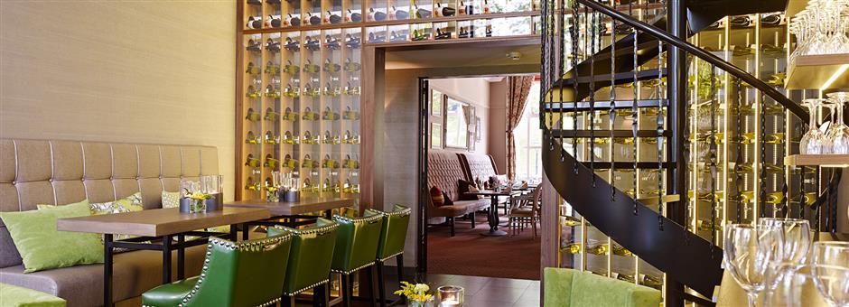 Borrelen in onze sfeervolle wijnbar - Hotel Kasteel Bloemendal