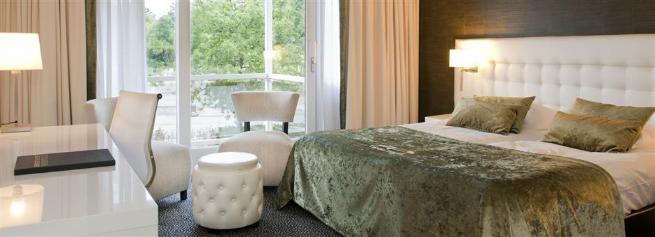 - Hotel De Gouden Leeuw