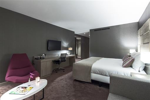 - Hotel Haarlem
