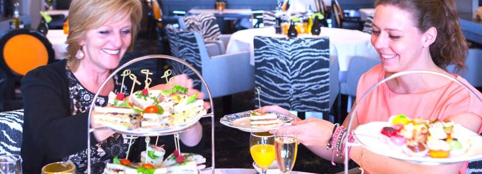 *Genieten* van een *heerlijke high-tea* - Hotel Heerlen