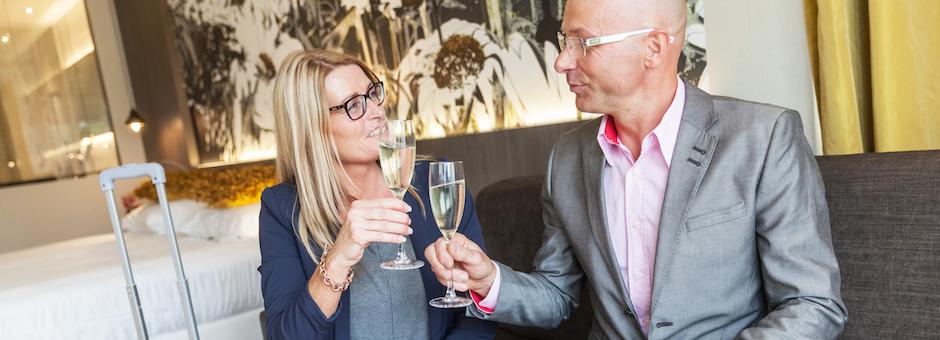 Proost op een  heerlijk weekend - Hotel Heerlen