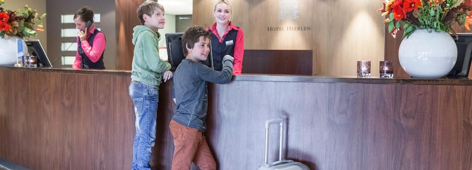 De kids vermaken zich hier wel - Hotel Heerlen