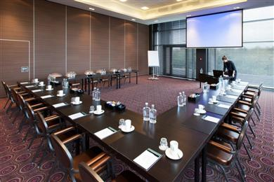 Summer-Meeting-Special - Airporthotel Duesseldorf
