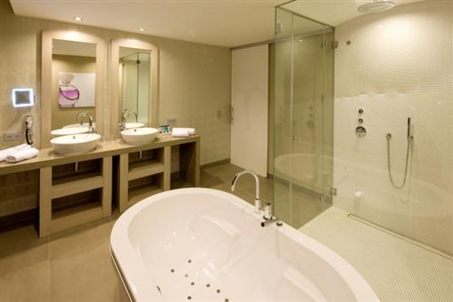 Romantische suite - Airporthotel Duesseldorf