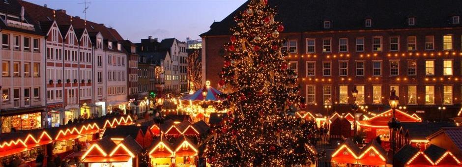 Visit the *X-Mas market*  - Airporthotel Duesseldorf