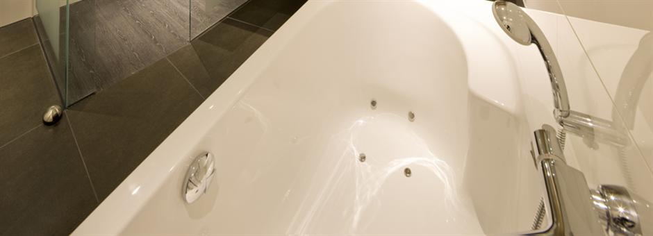 Standaard met whirlpool én rainshower - Hotel Harderwijk op de Veluwe