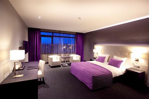 Luxe kamer van der valk hotel almere - Decoreren van een volwassen kamer ...