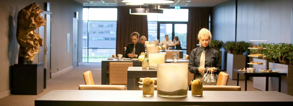*VERZORGD*|TOT IN DE PUNTJES - Hotel Dordrecht