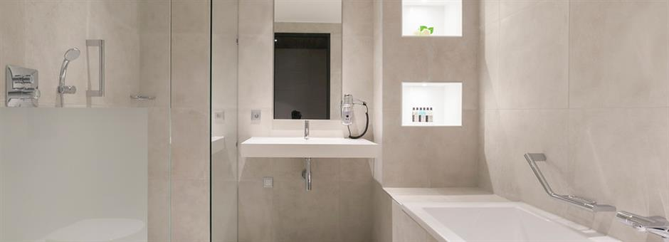 Luxurious *bathrooms* - Hotel Zwolle