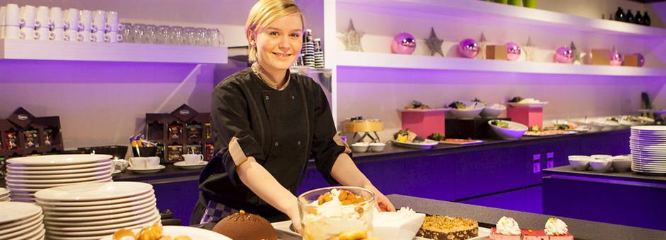 Uitgebreid dessertbuffet - Hotel Rotterdam - Nieuwerkerk