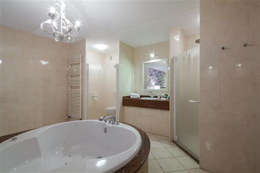 - Hotel Spier-Dwingeloo