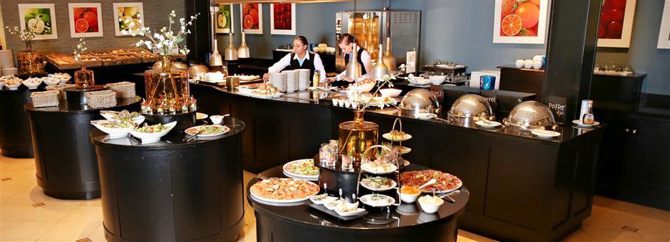 """Täglich """"Live Cooking"""" Lunchbüfett - Hotel Akersloot / A9 Alkmaar"""